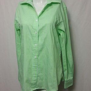 Foxcroft size 8 wrinkle free Shirt